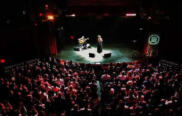 Cantes por Chavela en la Sala Luz de Gas de Barcelona © Carles Gracia Escarp