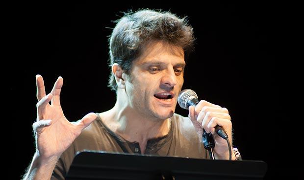 El actor Joel Joan —expresidente de la Academia de Cine catalán— recitó «Lo cap d