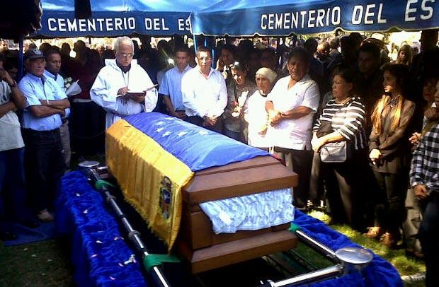 Venezuela da su último adiós a Simón Díaz