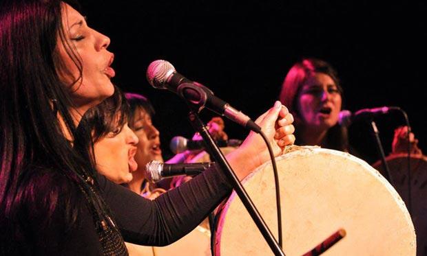 De izquierda a derecha: Mónica Abraham, Lorena Astudillo, La Bruja Salguero y Chiqui Ledesma. © Eduardo Fisicaro