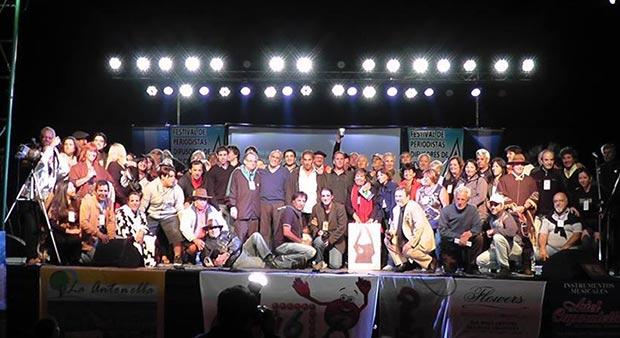 200 periodistas musicales argentinos se reúnen para debatir el estado del sector en su país.