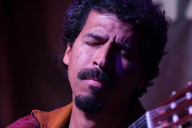 Gaddafi Núñez en el Harlem Jazz Club de Barcelona. © Xavier Pintanel