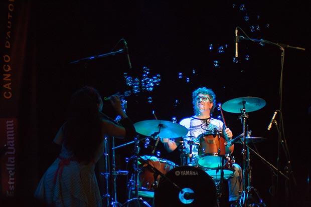 Rossana Taddei y Gustavo Etchenique en el festival BarnaSants 2014. © Xavier Pintanel