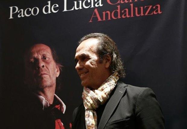 Pepe de Lucía, hermano del guitarrista Paco de Lucia, ha presentado hoy, en la Escuela Oficial de Correos y Telecomunicaciones de Madrid, el último trabajo del artista fallecido en México el pasado 25 de febrero, «Canción andaluza». © EP