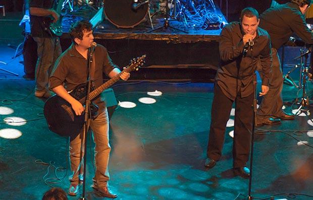 El dúo cubano Buena Fe.