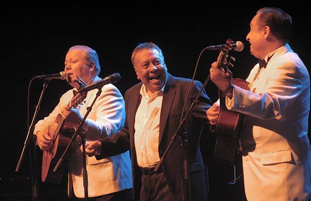 Moncho y Los Panchos en el concierto que hicieron el pasado 9 de abril en la sala Barts de Barcelona. © Manel Gausachs