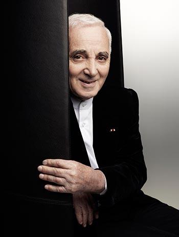 Charles Aznavour cumple noventa años. © Karl Lagerfeld