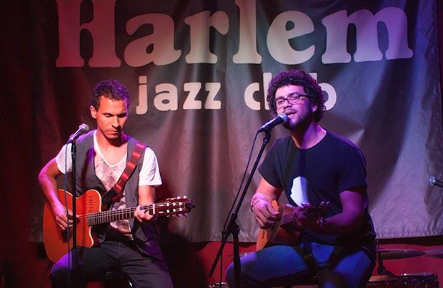 Gustavo Almeida y José Alejandro Delgado cantaron a dúo «Mejor que te vas». © Xavier Pintanel