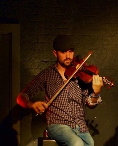 Marino Sáiz al violín © Carles Gracia Escarp