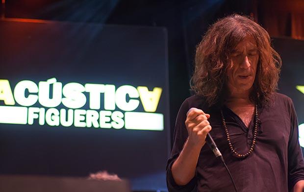 Gerard Quintana —en la foto— presentó con Xarim Aresté su último trabajo «Tothom ho sap». © Xavier Pintanel