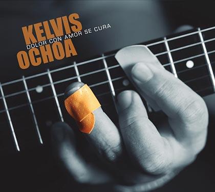 Portada del disco «Dolor con amor se cura» de Kelvis Ochoa.