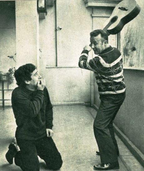 Víctor Jara con Rolando Alarcón.