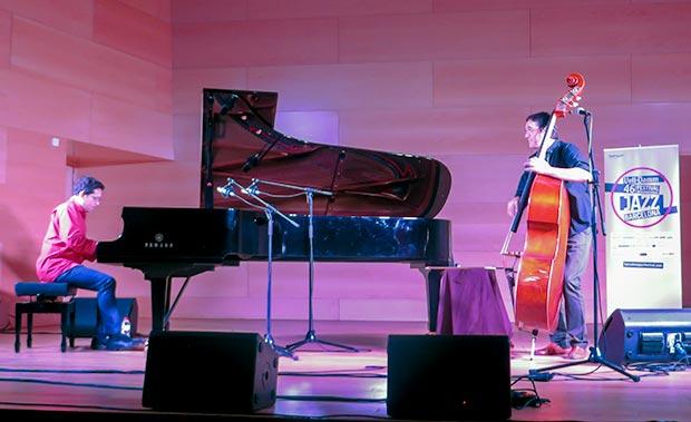 Pepe Rivero al piano y Javier Colina al contrabajo en el 46 Voll-Damm Festival Internacional de Jazz de Barcelona. © Isabel Llano