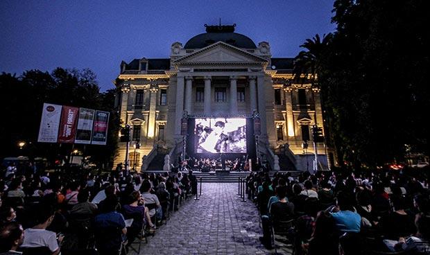 El clásico «El húsar de la muerte» dio inicio al Día del Cine Chileno con la música de Horacio Salinas. © Consejo Nacional de la Cultura y las Artes. Gobierno de Chile