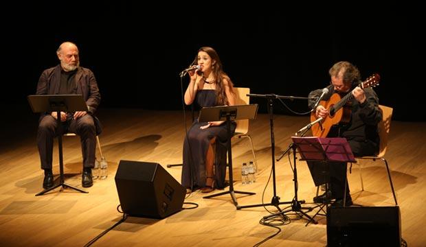 De izquierda a derecha Joan Massotkleiner, Gemma Humet y Toti Soler. © Juan Miguel Morales