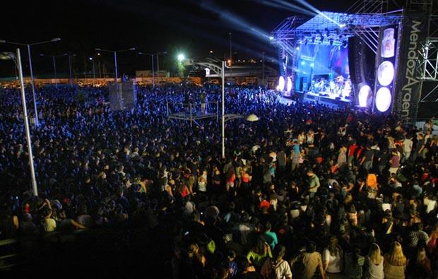 Más de 20.000 personas rindieron homenaje a Cerati en Mendoza. © Ministerio de Cultura de Mendoza