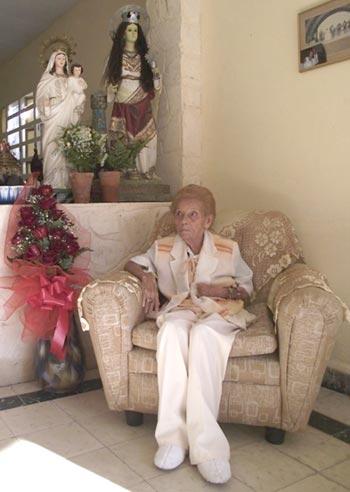 Celina González en su 82 cumpleaños. © Marianela Dufflar