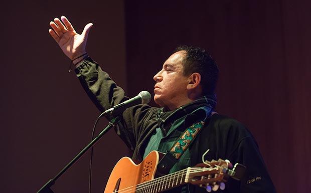 Guillermo Anderson por primera vez en el festival BarnaSants. © Xavier Pintanel