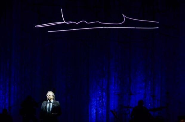 Joan Manuel Serrat en el Gran Rex de Buenos Aires. © Kaloian Santos Cabrera