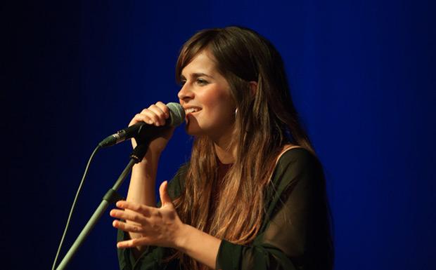 Meritxell Gené presentó su nuevo disco «Branques» en el festival BarnaSants. © Xavier Pintanel