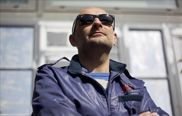 Joan Miquel Oliver saca a la venta el disco «Pegasus», en el que ha dado «lo mejor» de sí mismo, presionado por «la responsabilidad» que supone publicar su primer álbum en solitario tras la disolución de la banda Antònia Font. © EFE