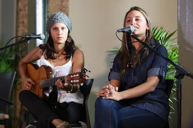 Las hermanas Ariana y Manuela Moreno de Surconciente.