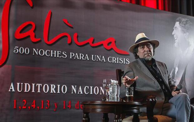 Joaquín Sabina ofreció una rueda de prensa a su llegada este jueves a México. © EFE