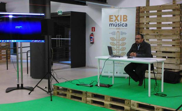 José Jesús Gómez Marcano, director general del Instituto de las Artes Escénicas y Musicales (IAEM) del Ministerio del Poder Popular para la Cultura venezolano presentó la Agencia de Representación de Artistas (ARA), de la cual es también director, en el espacio dedicado a las micro-conferencias. © EXIB