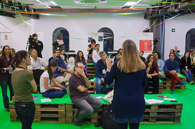 Programadores, gestores culturales y periodistas reflexionaron acerca de cómo compartir conocimientos y experiencias. © Xavier Pintanel