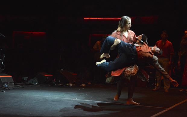 «Fragmentos de un gavilán» de la compañía Danza en Cruz. © GAM
