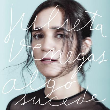 Portada del disco «Algo sucede» de Julieta Venegas.