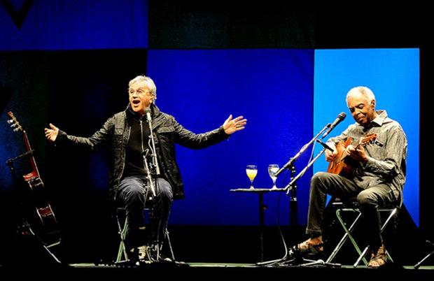 Caetano Veloso y Gilberto Gil en el Luna Park de Buenos Aires. © Ramiro Gómez | Télam