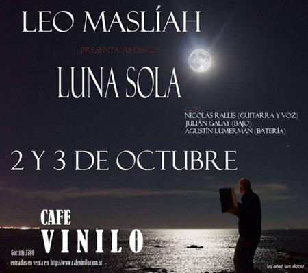 Leo Maslíah en el Café Vinilo.