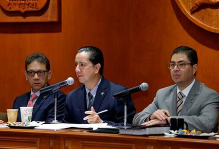 Jorge Olvera García, rector de la Universidad Autónoma del Estado de México. © UAEM