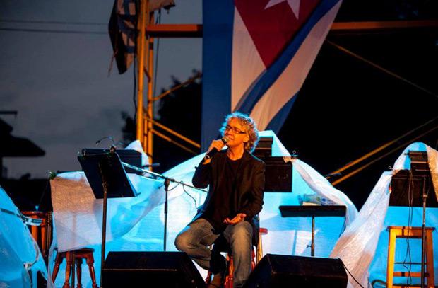 Mayte Martín fue la invitada en el concierto de Silvio Rodríguez. © Iván Soca