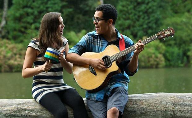 El dúo peruano «Alejandro y María Laura».