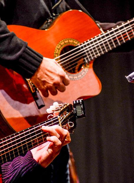 Guitarras. © Kaloian Santos Cabrera