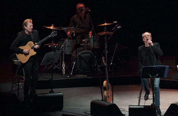 Luis Eduardo Aute se presenta en el Auditorio Nacional como parte de su gira «Giraluna», en Ciudad de México (México). © EFE