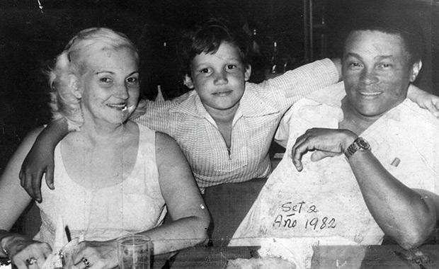 Miguel Ángel Rasalps «El Lele» con su familia.