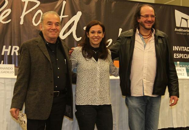 Óscar Chávez, Nancy Pérez —esposa de Pablo Milanés— y Fernando Delgadillo, ofrecieron una conferencia de prensa para anunciar el concierto llamado «De poeta a poeta», el próximo 18 de mayo en el Auditorio Nacional de México. © Notimex | Carlos Pereda