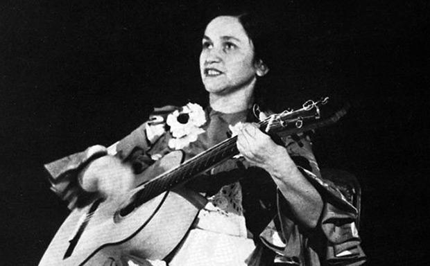 Violeta Parra en 1956.