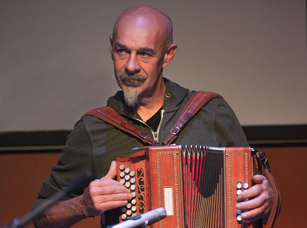 El acordeonista piamontés Ilio Amisano. © Xavier Pintanel