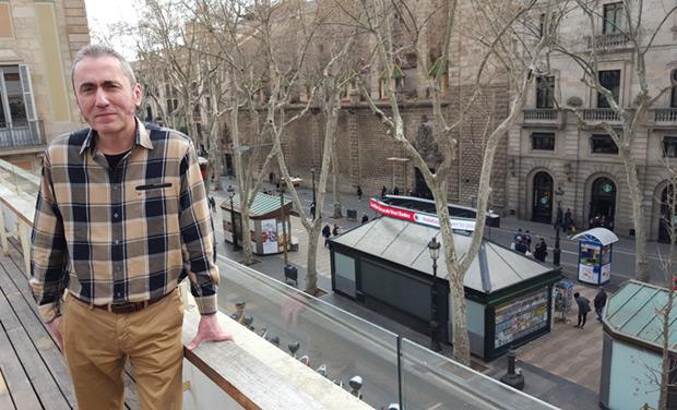 Jabier Muguruza en las Ramblas de Barcelona el día anterior al concierto. © Xavier Pintanel
