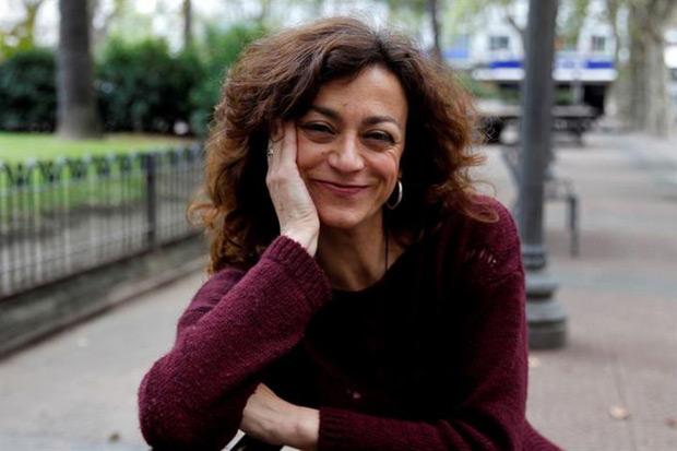 La cantante y compositora española Carmen París durante una entrevista, en Montevideo (Uruguay). © EFE