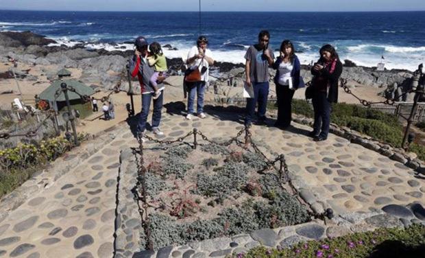 La tumba de Pablo Neruda en Isla Negra. © EFE