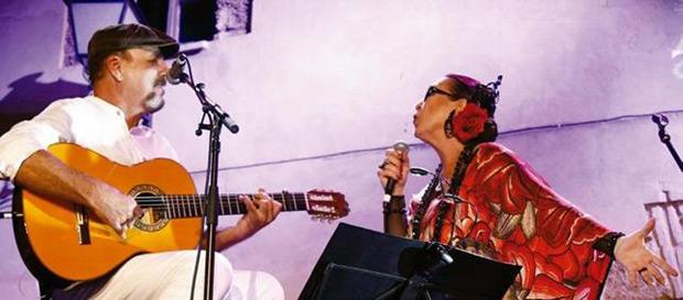 Javier Ruibal con Martirio. © Cortesía