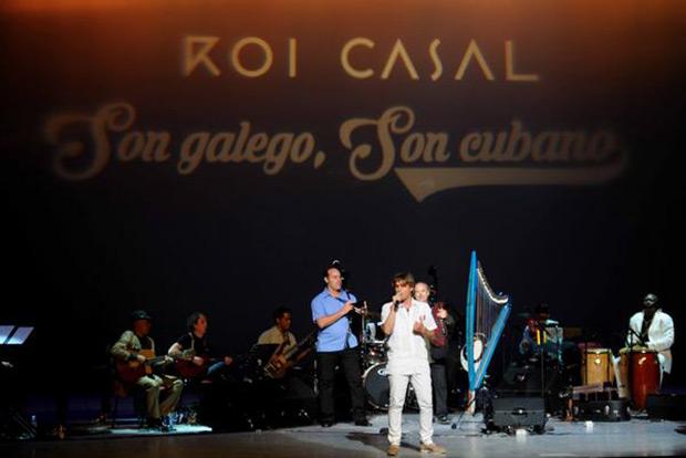 Roi Casal en el Gran Teatro de La Habana Alicia Alonso presentano « Son Galego, Son Cubano». © ACN
