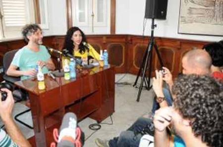 Fito Páez en conferencia de prensa en La Habana.