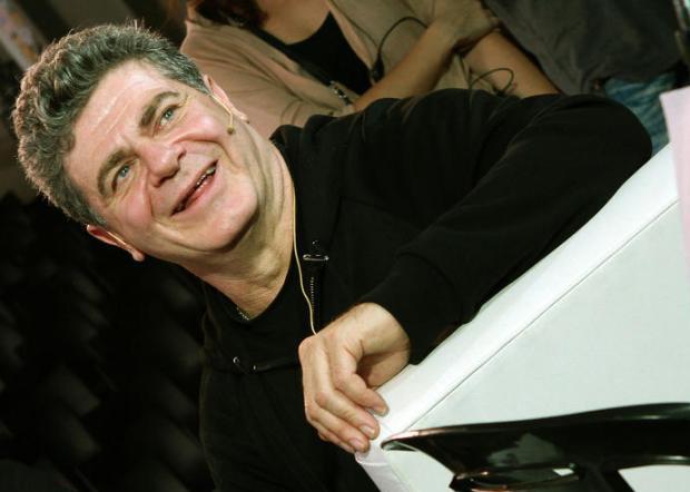 Gustavo Santaolalla.