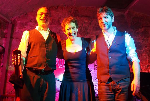 De izquierda a derecha: Gustavo Battaglia, Sandra Rehder y Marcelo Mercadante. © Carles Gracia Escarp